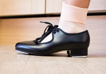 Child's tap shoes 01